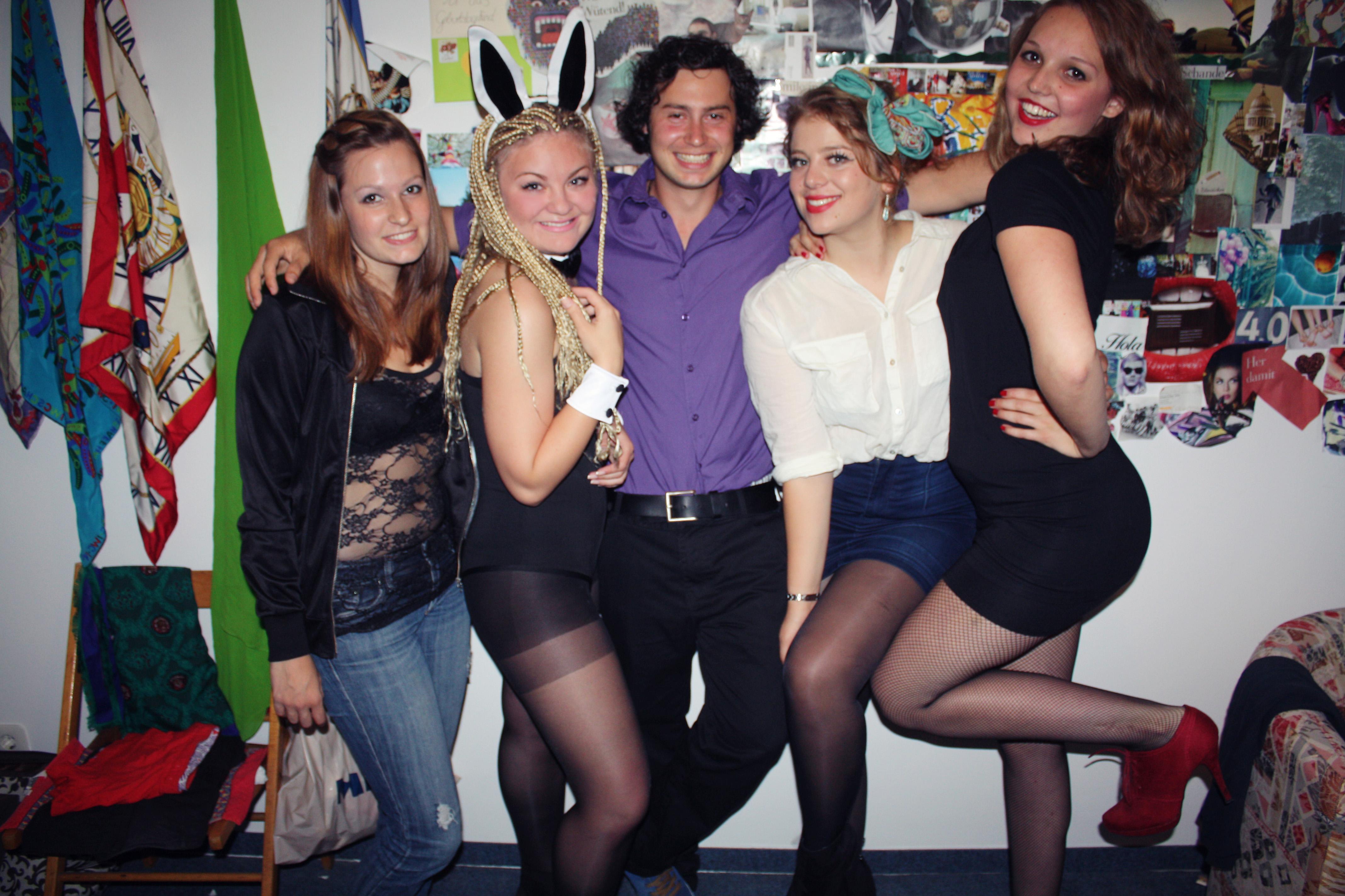 Секс вечеринки студентов германии